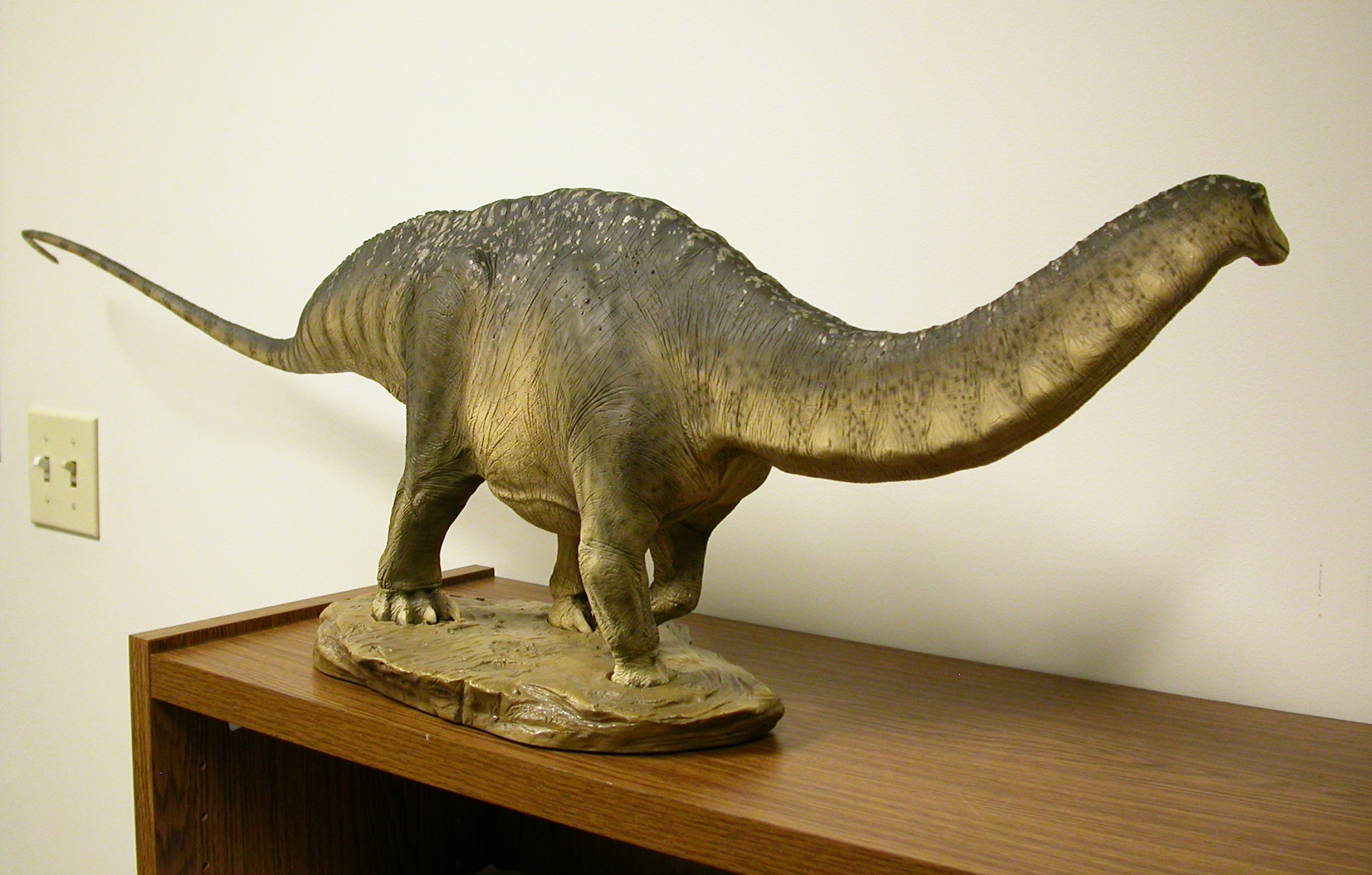 Sideshow Collectibles Apatosaurus Maquette, Part 3: the ...